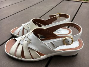 ムームー 靴