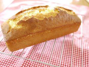 パウンドケーキ 切る ボロボロ